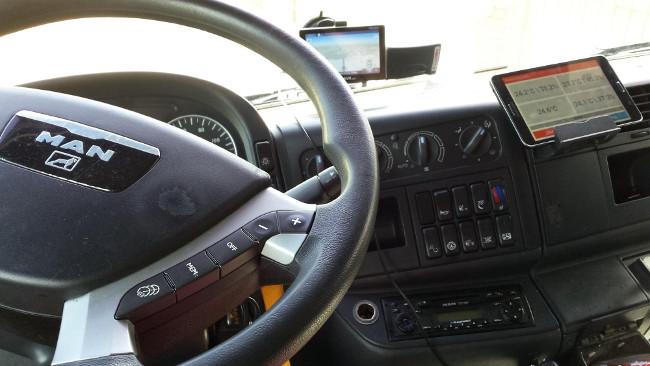 Tablet w kabinie kierowcy