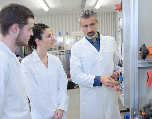 Metody wzorcowania i zamawianie usług w Laboratorium LAB-EL