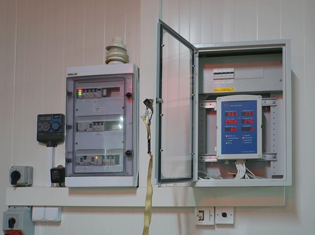 Sterownik LB-762 przy hali uprawowej grzybów