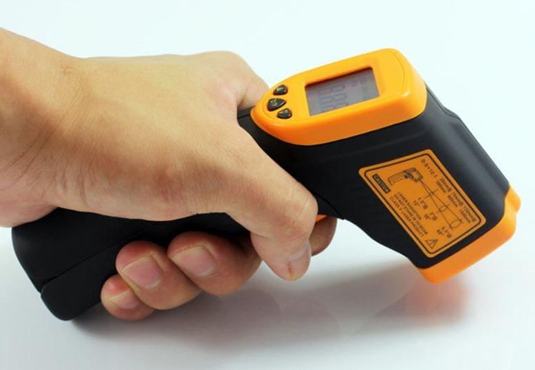 Pirometr ręczny bateryjny tani AR320 - użytkowanie